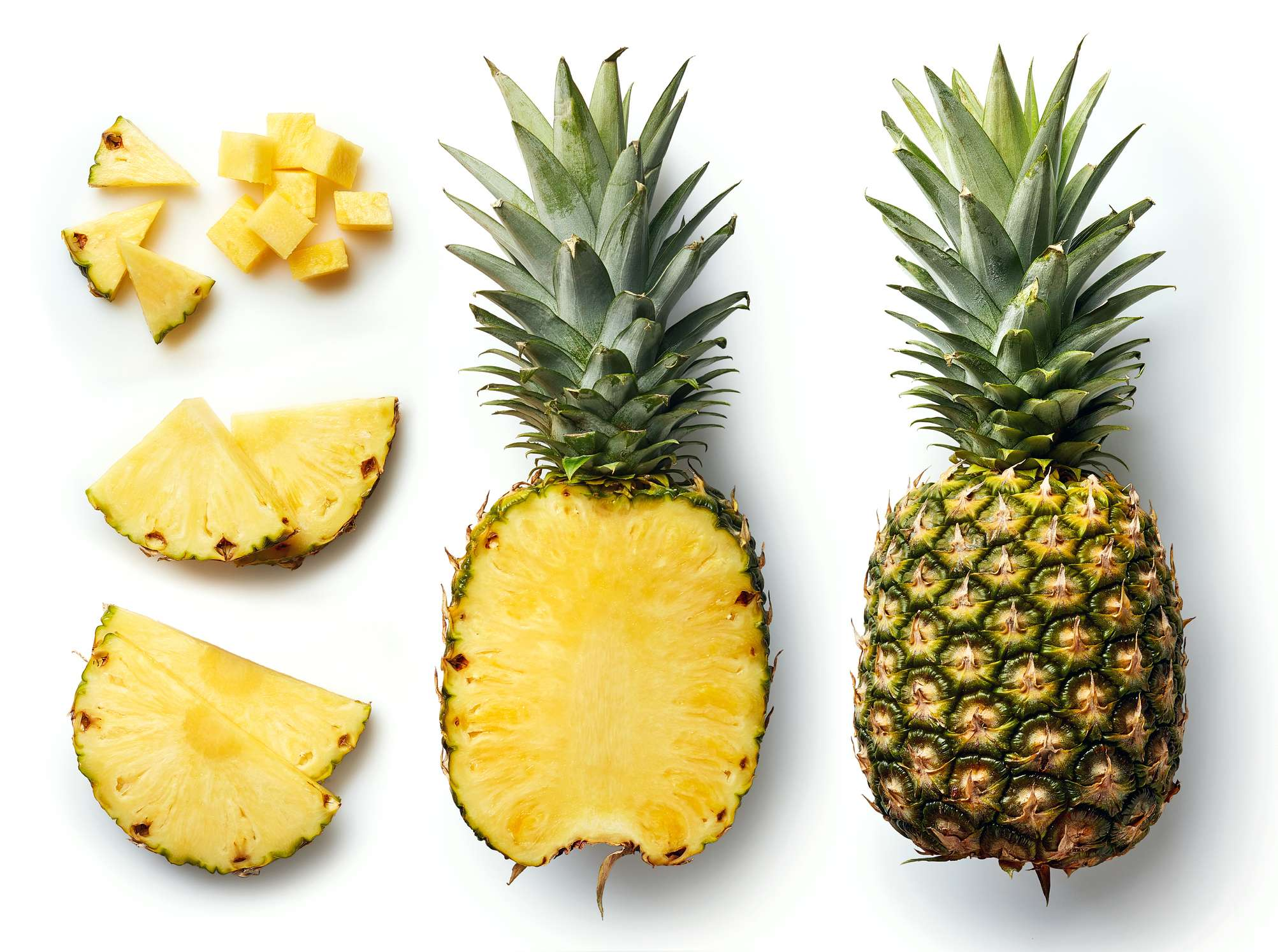 Picture of 3 Ways to<i> Slice a Pineapple </i>